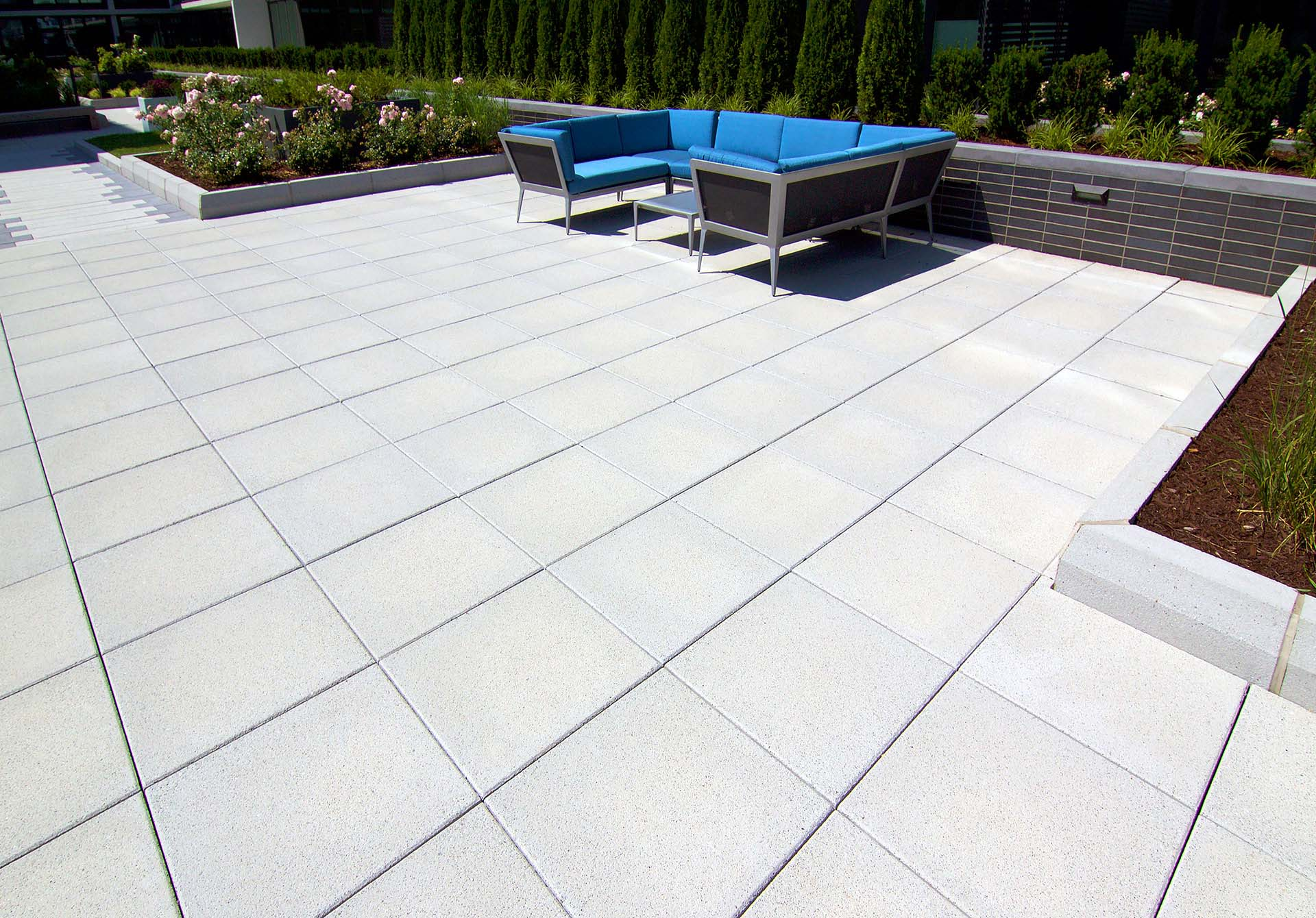 Manufacturer of Commercial Building High Traffic Areas Architectural Pavers