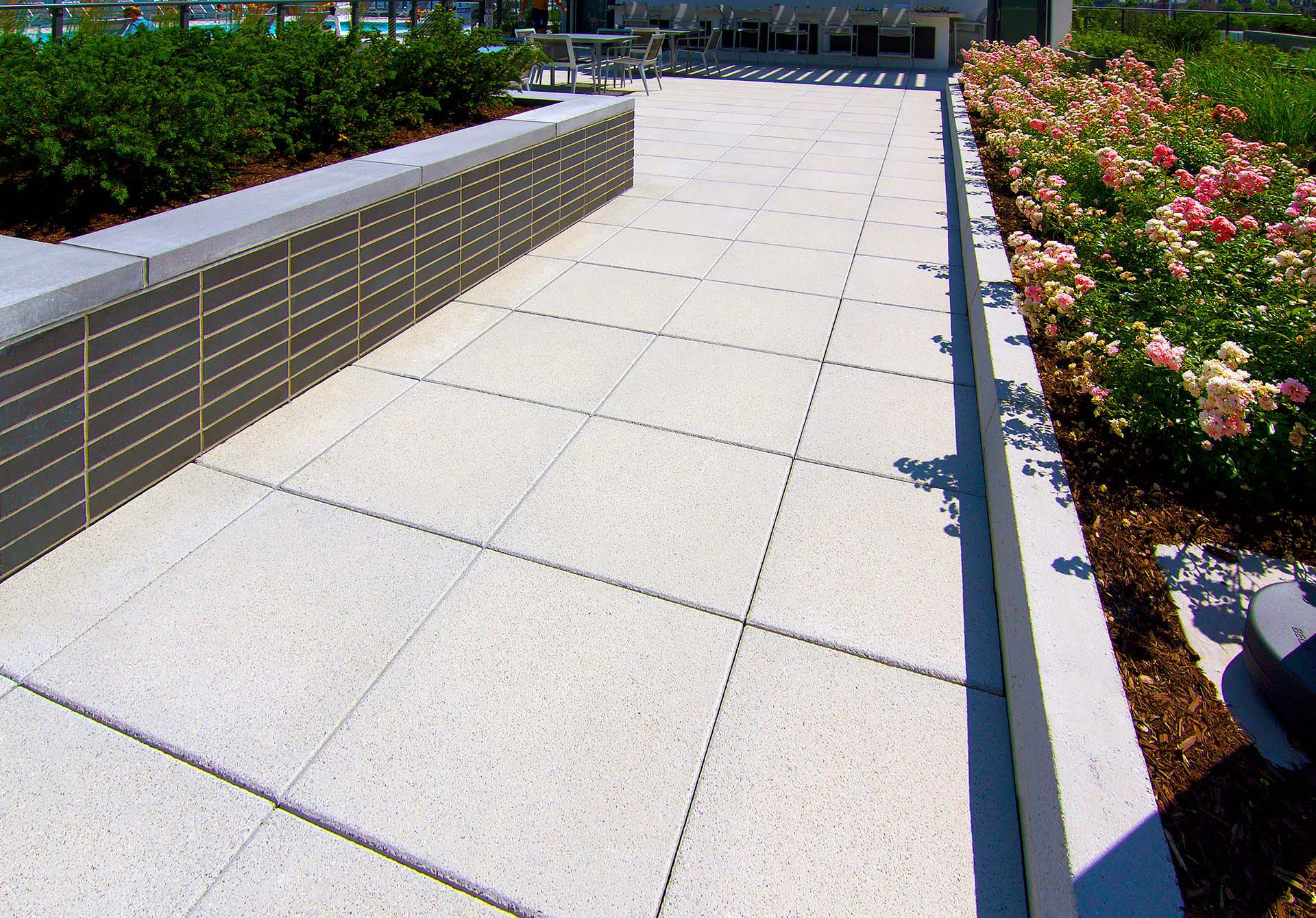 Manufacturer of Commercial Building Walkway Architectural Pavers